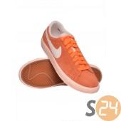 Nike wmns blazer low suede Utcai cipö 517371-0800