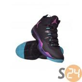 Nike  Kosárlabda cipö 599945