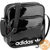 Adidas Oldaltáska, válltáska Sir bag patent G76249
